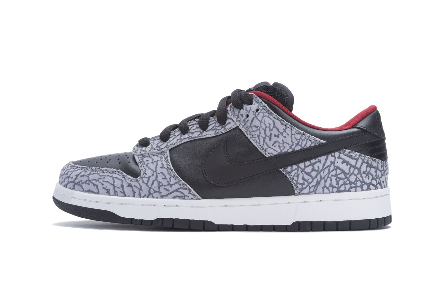 Nike SB elephant supreme dunks black cement 2002
