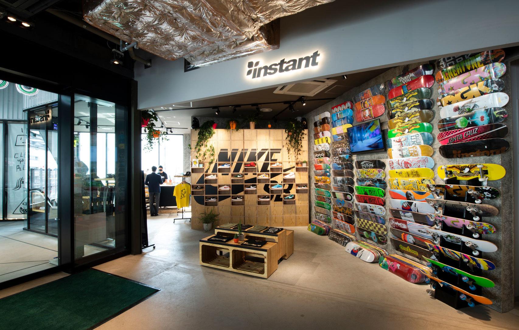 INSTANT SKATEBOARD SHOP - TOKYO - Nike